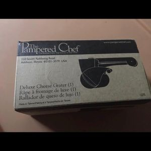 Pampered Chef Deluxe Cheese Grater